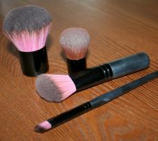 Кисти для минеральной косметики от Lumiere cosmetics