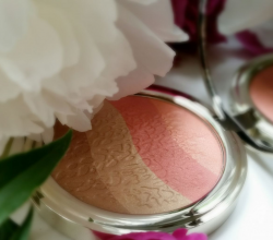 Иллюминатор для лица Coral island Golden Touch Highlighter от Pupa