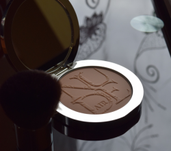 Пудра Dior Nude Air Powder (оттенок № 020) от Dior