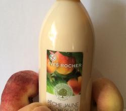 """Бархатистое молочко для тела """"Сочный Персик"""" из серии LES PLAISIRS NATURE от Yves Rocher"""