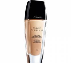 Тональный крем Parure de Lumiere (оттенок № 02 Beige Clair) от Guerlain