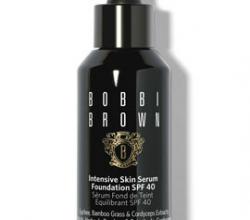 Ухаживающее тональное средство Intensive Skin Serum Foundation SPF 40 (оттенок Warm Ivory) от Bobbi Brown