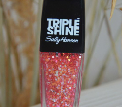 Лак для ногтей Triple Shine (оттенок № 310 Twinkled Pink) от Sally Hansen