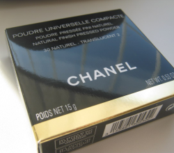 Компактная пудра Poudre Universelle Compacte Natural Finish Pressed Powder (оттенок № 30 Naturel-Translucent 2) от Chanel