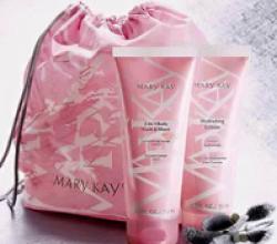 Гель для душа и бритья «2 в 1» и Увлажняющий лосьон для тела от Mary Kay