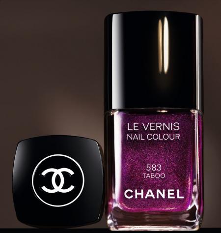 Лак для ногтей Le Vernis (в оттенке № 583 Taboo) от Chanel