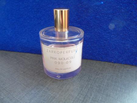 Аромат Pink Molekule 090.09 от Zarkoperfume