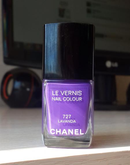 Лак для ногтей Le Vernis nail color (оттенок № 727 Lavanda) от Chanel